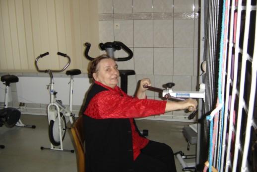 zdjęcie, pacjentka podczas fizjoterapii
